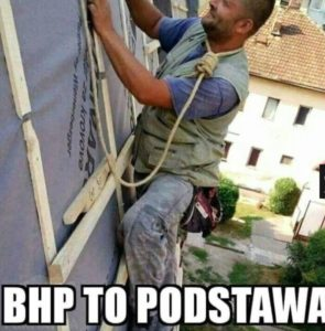 PROFIL SZKOLENIA WSTĘPNE I OKRESOWE BHP ANDRYCHÓW KĘTY WADOWICE przedstawia pracę niezgodną z BHP pracownika na stanowisku budowniczego