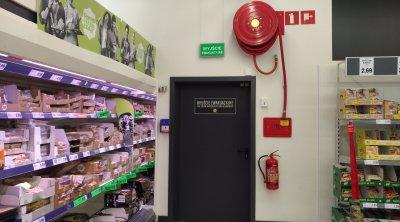 Zastawianie drzwi przeciwpożarowych szkolenie bhp ppoż Andrychów Kęty Wadowice